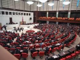 40 Bin Yeni Öğretmen Kadrosu İçeren Torba Kanun Komisyonda Kabul Edildi!
